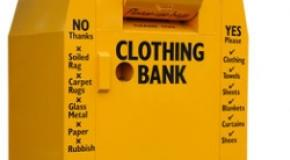 Clothes Bank at the pitch